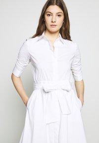 Steffen Schraut - BRENDAS SUMMER DRESS - Košilové šaty - white - 5