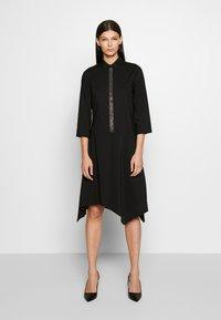 Steffen Schraut - BELLE LOVELY DRESS - Košilové šaty - black - 0