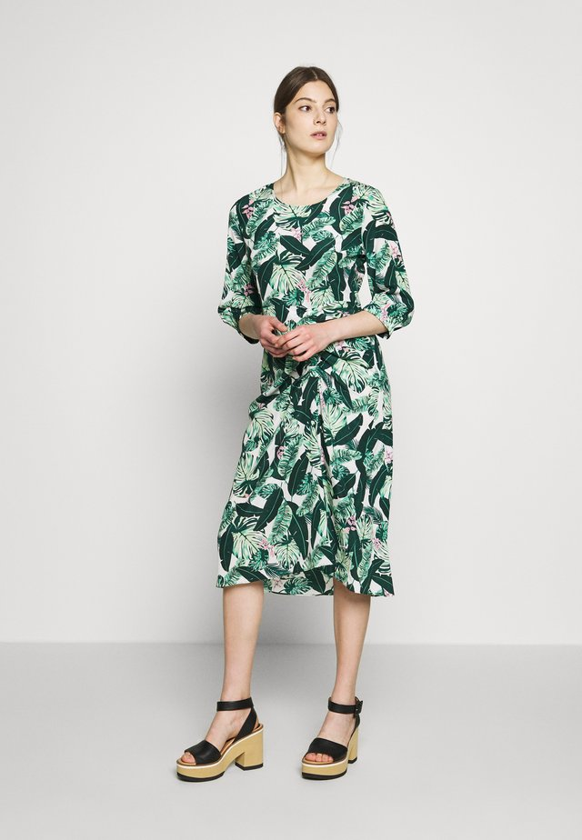 CAMILLE DRAPE DRESS - Freizeitkleid - jungle fever