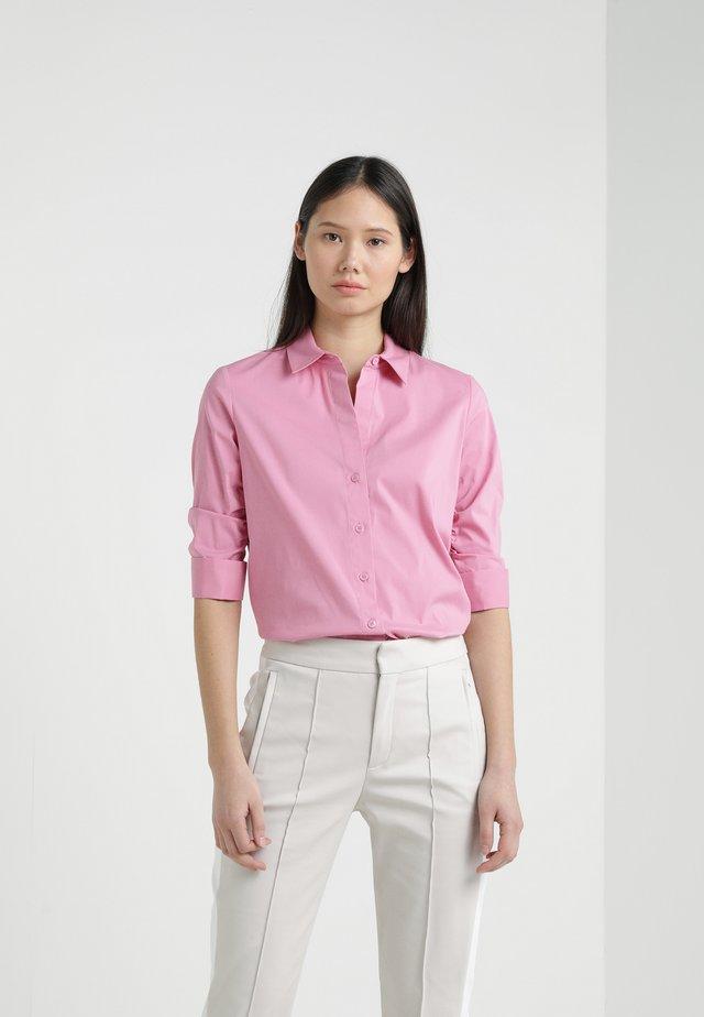 ESSENTIAL SUMMER BLOUSE - Hemdbluse - hot pink