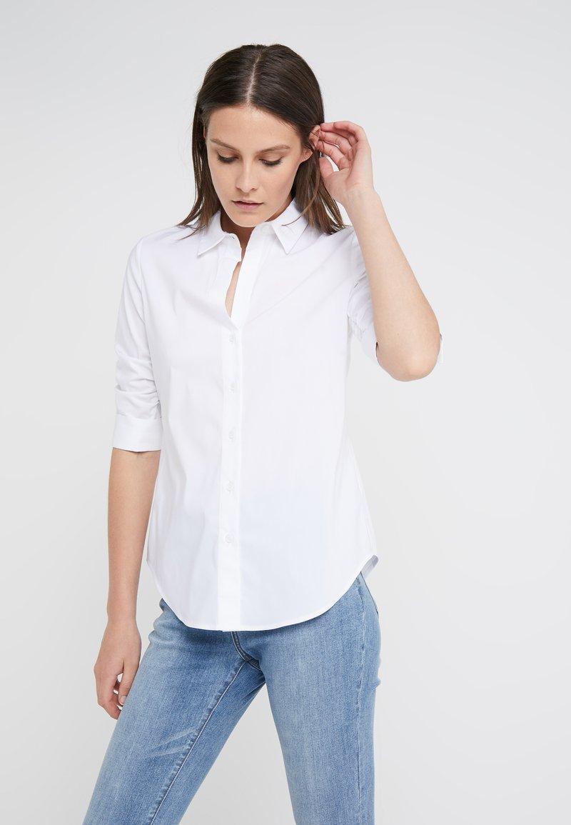Steffen Schraut - CYNTHIA ESSENTIAL FASHION  - Button-down blouse - white