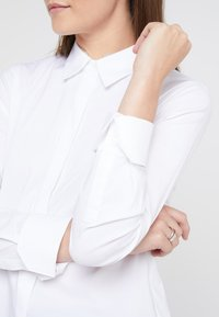 Steffen Schraut - CYNTHIA GLAM BLOUSE - Skjorte - white - 3