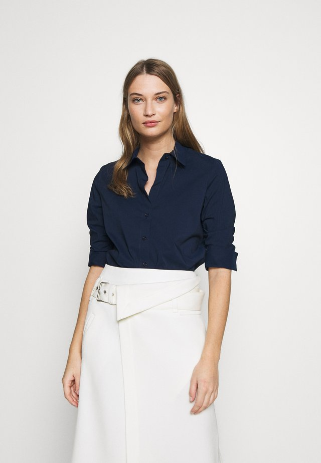 BENITA ESSENTIAL BLOUSE - Button-down blouse - navy