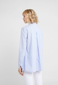 Steffen Schraut - BELLE LOVELY BLOUSE - Košile - light blue/pink - 2