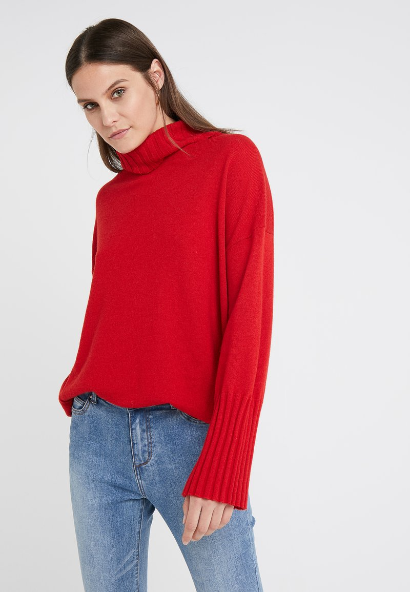 Steffen Schraut - LUXURY WEEKEND ROLL NECK SWEATER - Jumper - rebel red