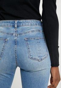 Steffen Schraut - CHERYL GLAM STRIPE PANTS - Jeans Slim Fit - cool denim - 5