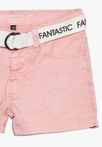 Staccato - TEENAGER - Denim shorts - powder - 2