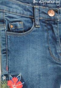 Staccato - KID - Short en jean - light blue denim - 2
