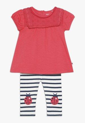 SET - Leggings - red/dark blue