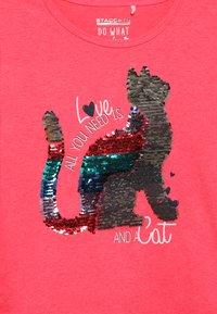 Staccato - KID - Långärmad tröja - neon red - 3