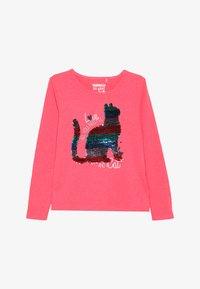 Staccato - KID - Långärmad tröja - neon red - 2
