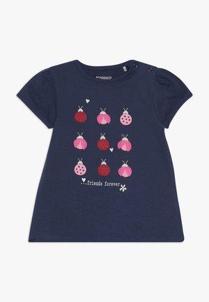 2 PACK - T-shirt con stampa - dark blue/pink