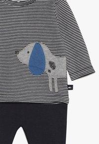 Staccato - BABY SET - Kalhoty - dark blue - 4