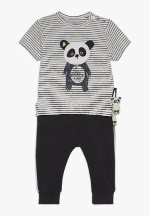 SET - Pantalon classique - black/white