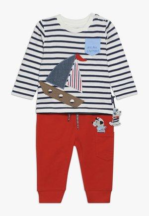 SET - Kalhoty - dark blue/red