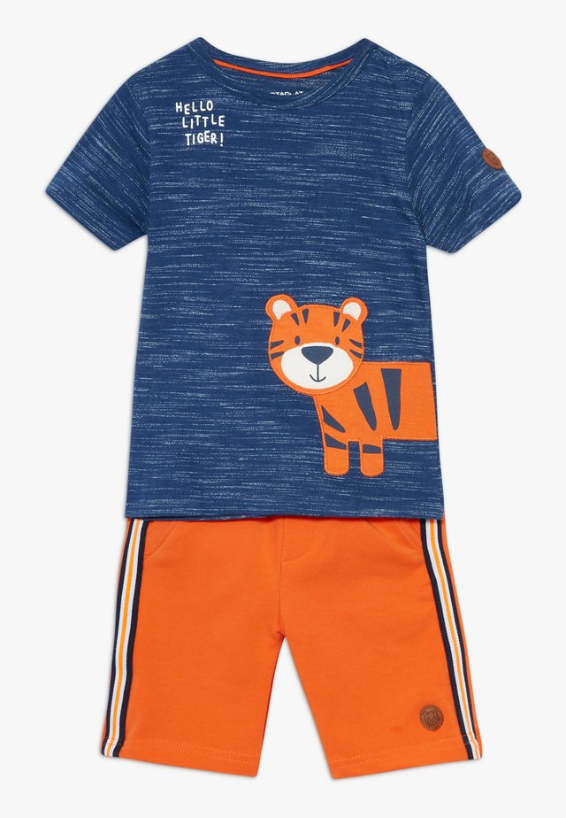 BERMUDAS SET - Kalhoty - dark blue/orange