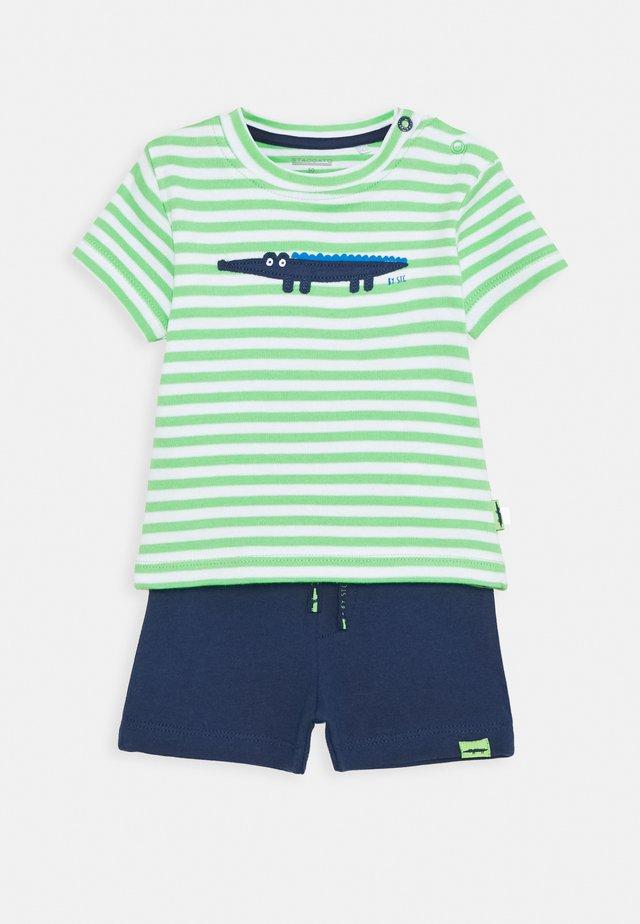 SET - Teplákové kalhoty - green/dark green