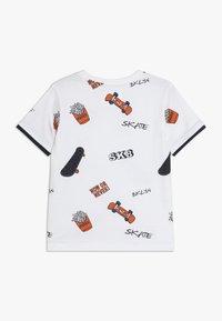 Staccato - KID - Camiseta estampada - white - 1