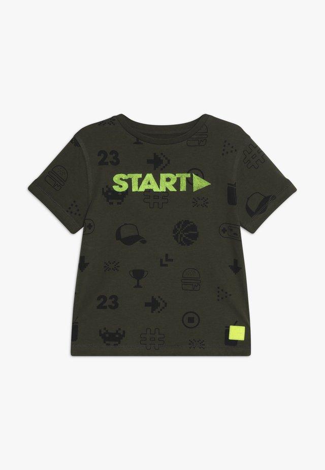 KID - Print T-shirt - olive