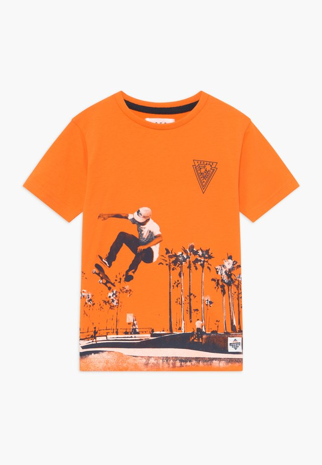 KID - T-shirt med print - orange