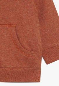Staccato - WOODLAND BABY - Zip-up hoodie - rust melange - 4
