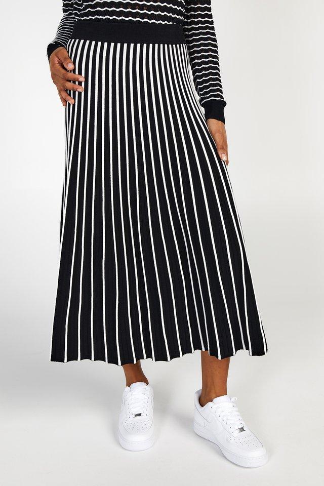 AMIRA - A-line skirt - black