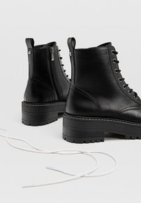 Stradivarius - Lace-up ankle boots - black - 3