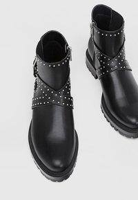 Stradivarius - Bottines - black - 3