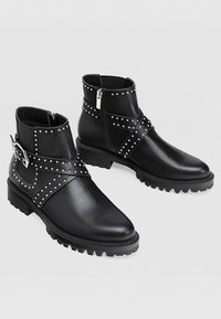 Stradivarius - Bottines - black - 2