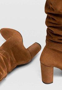 Stradivarius - High heeled boots - brown - 3