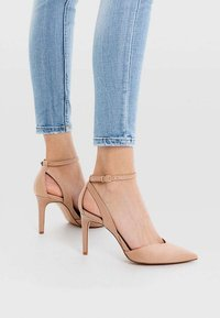 Stradivarius - High Heel Pumps - nude - 0
