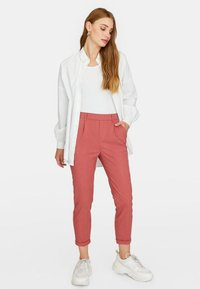 Stradivarius - Trousers - rose - 1