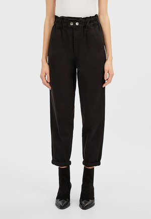 TWILL-BAGGY - Trousers - black