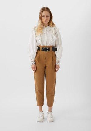 UTILITY - Pantalon classique - brown
