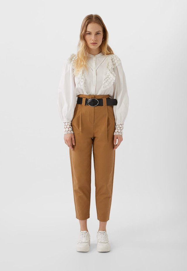 UTILITY - Pantaloni - brown