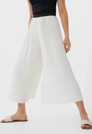 PLISSIERTE CULOTTE - Pantalon classique - white