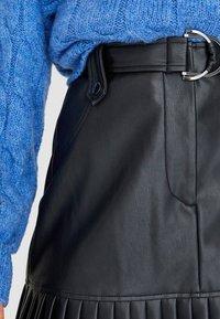 Stradivarius - Jupe plissée - black - 3