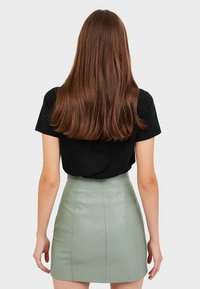 Stradivarius - 04701985 - A-line skirt - turquoise - 2