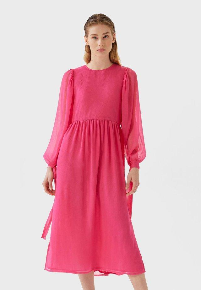 MIT SCHLEIFE - Hverdagskjoler - pink