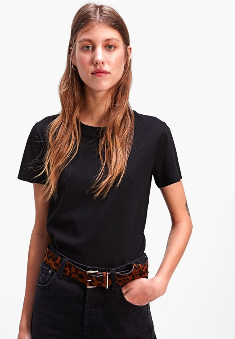 Stradivarius - Basic T-shirt - black