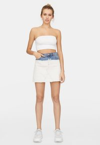 Stradivarius - 02544934 - Top - white - 1