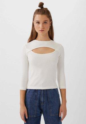 MIT CUT-OUT-AUSSCHNITT - T-shirt à manches longues - white