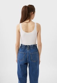 Stradivarius - CROPPED - Toppi - white - 2