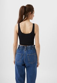 Stradivarius - CROPPED - Top - black - 2