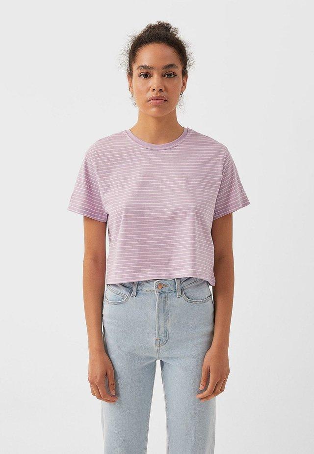 MIT STREIFEN 02505585 - T-shirt print - purple