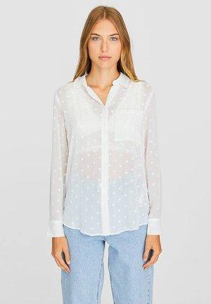 HALBTRANSPARENTES HEMD 06083592 - Button-down blouse - white