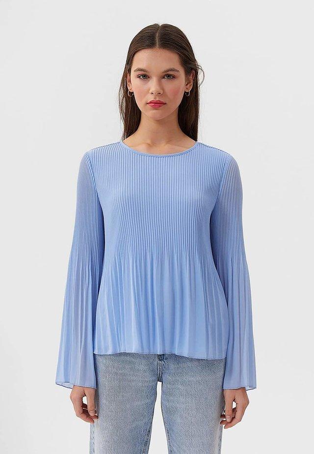 PLISSÉE - Bluser - blue