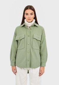 Stradivarius - Summer jacket - green - 0