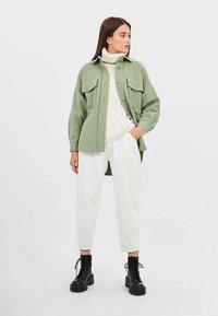 Stradivarius - Summer jacket - green - 1