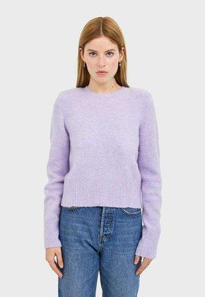 MIT SCHULTERPOLSTER - Trui - purple